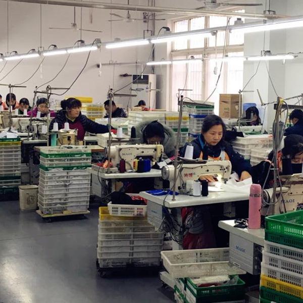 工場作業風景05